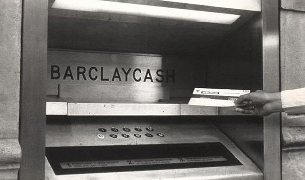 Así han evolucionado los cajeros automáticos