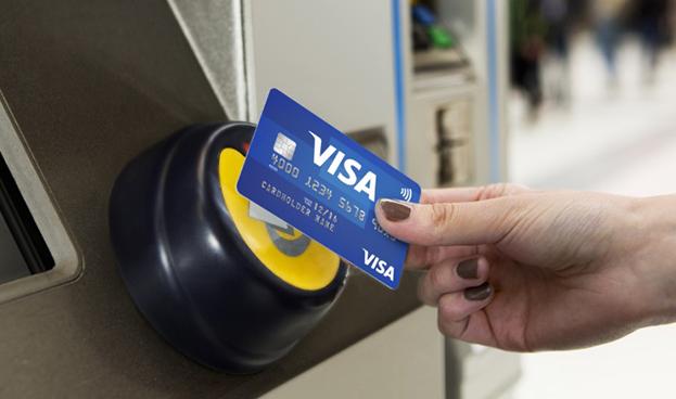 Visa lanza un programa para fomentar los pagos con tarjeta de crédito sin contacto en autobuses