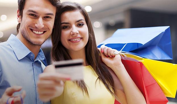 Viernes Negro en RD logró un consumo en tarjetas de crédito por RD$4.140 millones