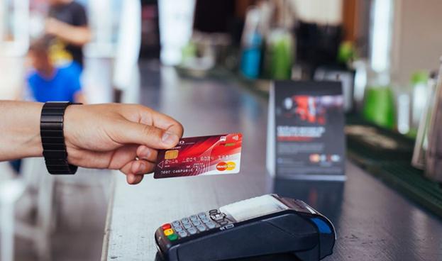 Chile: Mastercard y Multicaja comienzan a operar red paralela a Transbank con 80% de emisores