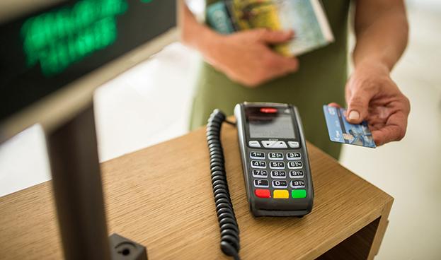 Perú: uso de pagos electrónicos sube 13% en enero-octubre de 2017