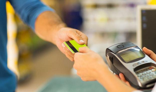 Más de Bs. 4 billones gastaron venezolanos con tarjetas de crédito en el 2017