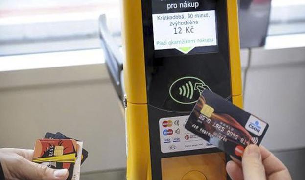 El 91% de las transacciones con tarjetas en Rep. Checa son sin contacto