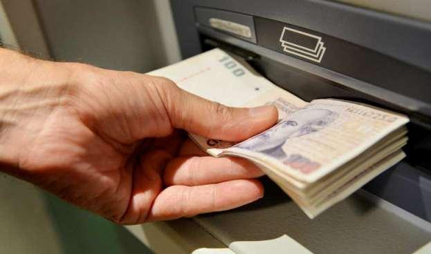 Un nuevo malware hace que los cajeros automáticos expulsen dinero