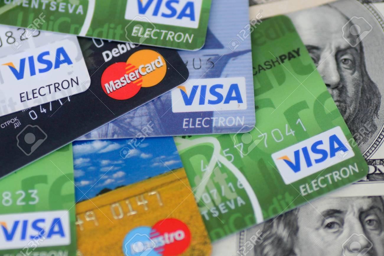 Visa y Mastercard pagan 6240 millones de dólares por pactar comisiones en las tarjetas