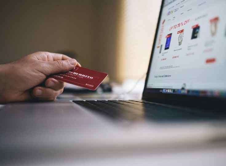 Paraguay: tarjetas de débito podrán usarse en e-commerce