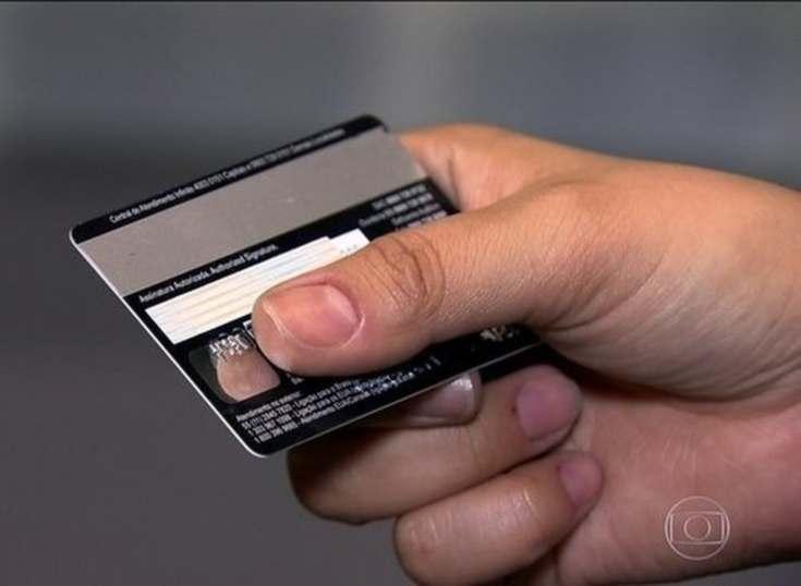 Según ABECS, lo pagos en Brasil deberían de crecer un 16% este año
