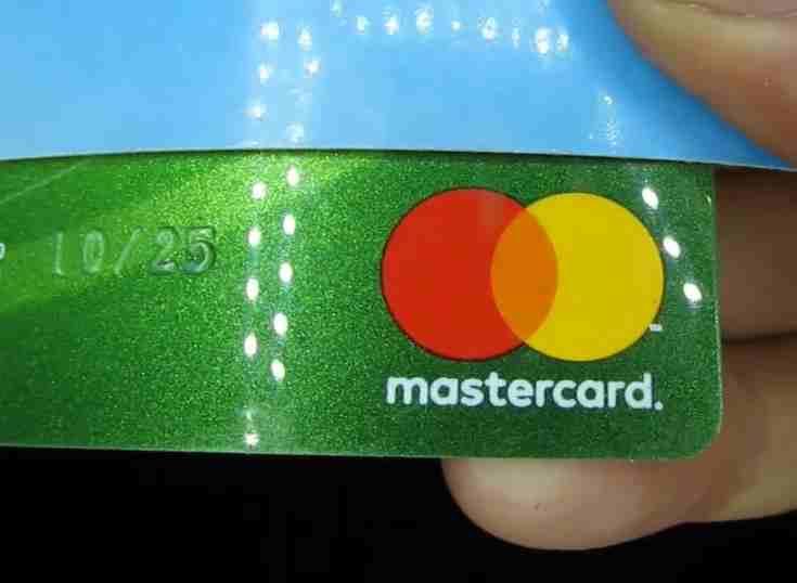 Falabella ofrecerá tarjetas de crédito con Mastercard