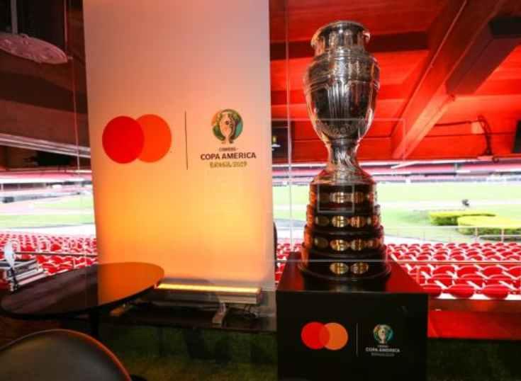 Mastercard aprovecha la copa América para impulsar las tarjetas sin contacto