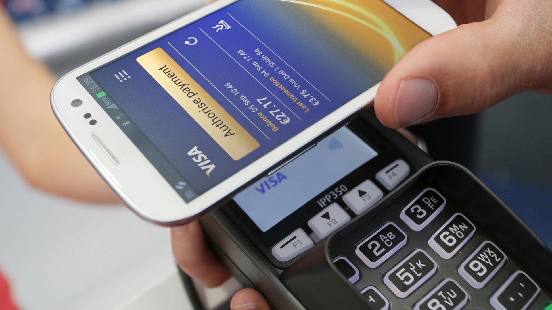 España: Visa tiene ya 2 millones de teléfonos y relojes activados para pagos móviles