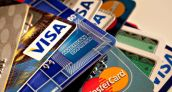 Más de 3 millones de plásticos de crédito circulan en Ecuador