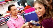 Perú: Los jóvenes menores de 25 años consiguieron más tarjetas de crédito en noviembre