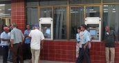 A días del arribo de MasterCard, colapsan los cajeros en Cuba