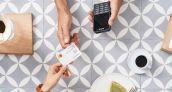 El Santander y Mastercard reniegan del efectivo en el único pueblo español libre de dinero