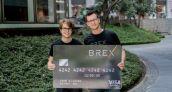 Cofundadores de PayPal apoyan tarjetas de crédito para startups